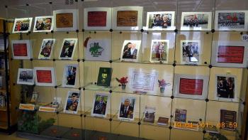 Экспозиция, посвящённая Дню Победы в читальном зале ЦБ им. А. Н. Зырянова.