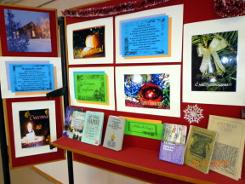 Книжная выставка-экспозиция «Новогодняя открытка» в Центральной библиотеке им. А.Н. Зырянова