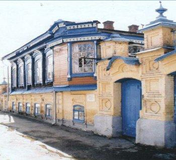 «Малый город – большая история» - второй день Недели детской и юношеской книги в ЦБ им. А. Н. Зырянова.